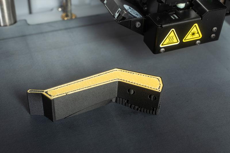 3D Druck Element - Greiferbacke - Onyx mit einer Verstärkung aus Kevlar®