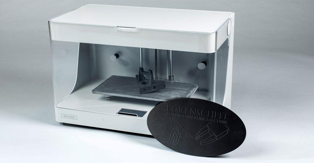 3D Drucker Onyx One mit Druckbeispiel aus Onyx